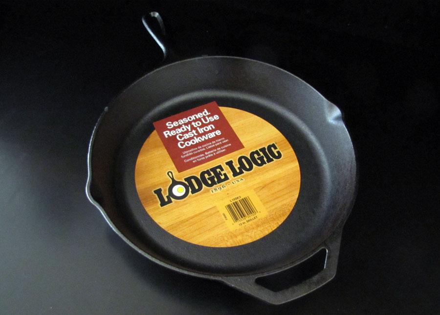 Lodge%2BLogic%2B12 inch%2BSeasoned%2BCast%2BIron%2BSkillet