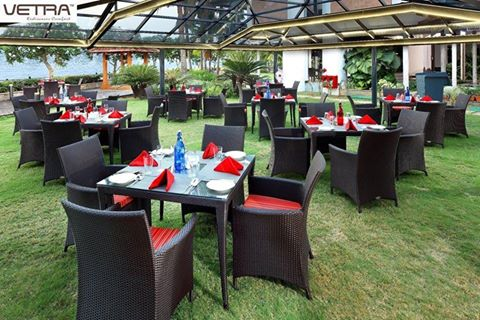 decorating garden furniture delhi