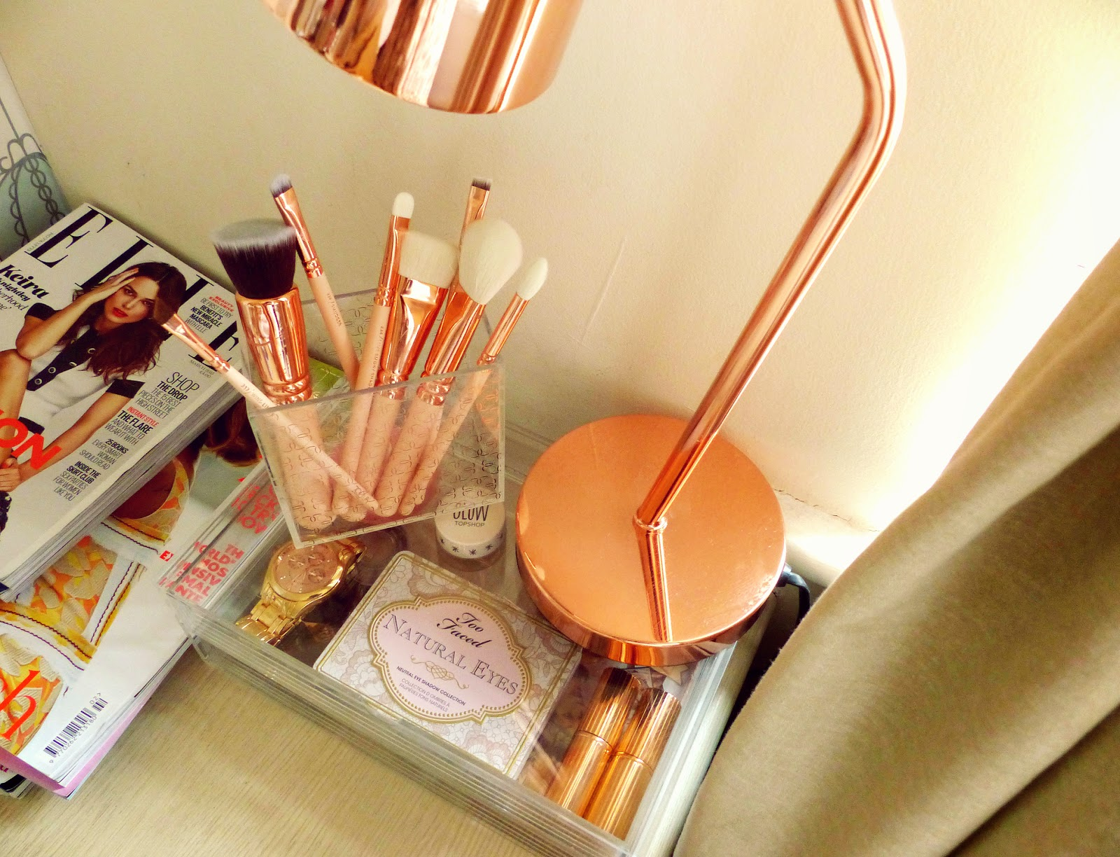 new zoeva rose golden volume 2 luxury brush set holder. Black Bedroom Furniture Sets. Home Design Ideas