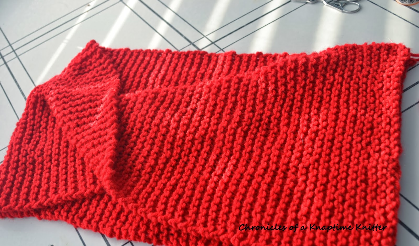 Knitting Edges Together : Free knitting pattern basic knit infinity cowl