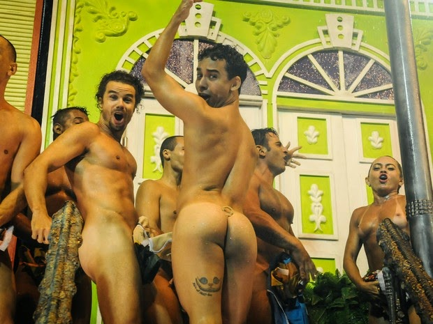 25 Striking and Sexy Photos From Carnival - Mens
