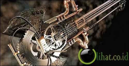 Gitar ini adalah gitar yang terbuat dari beberapa peralatan bengkel dan sepeda,, Kreatif juga ya
