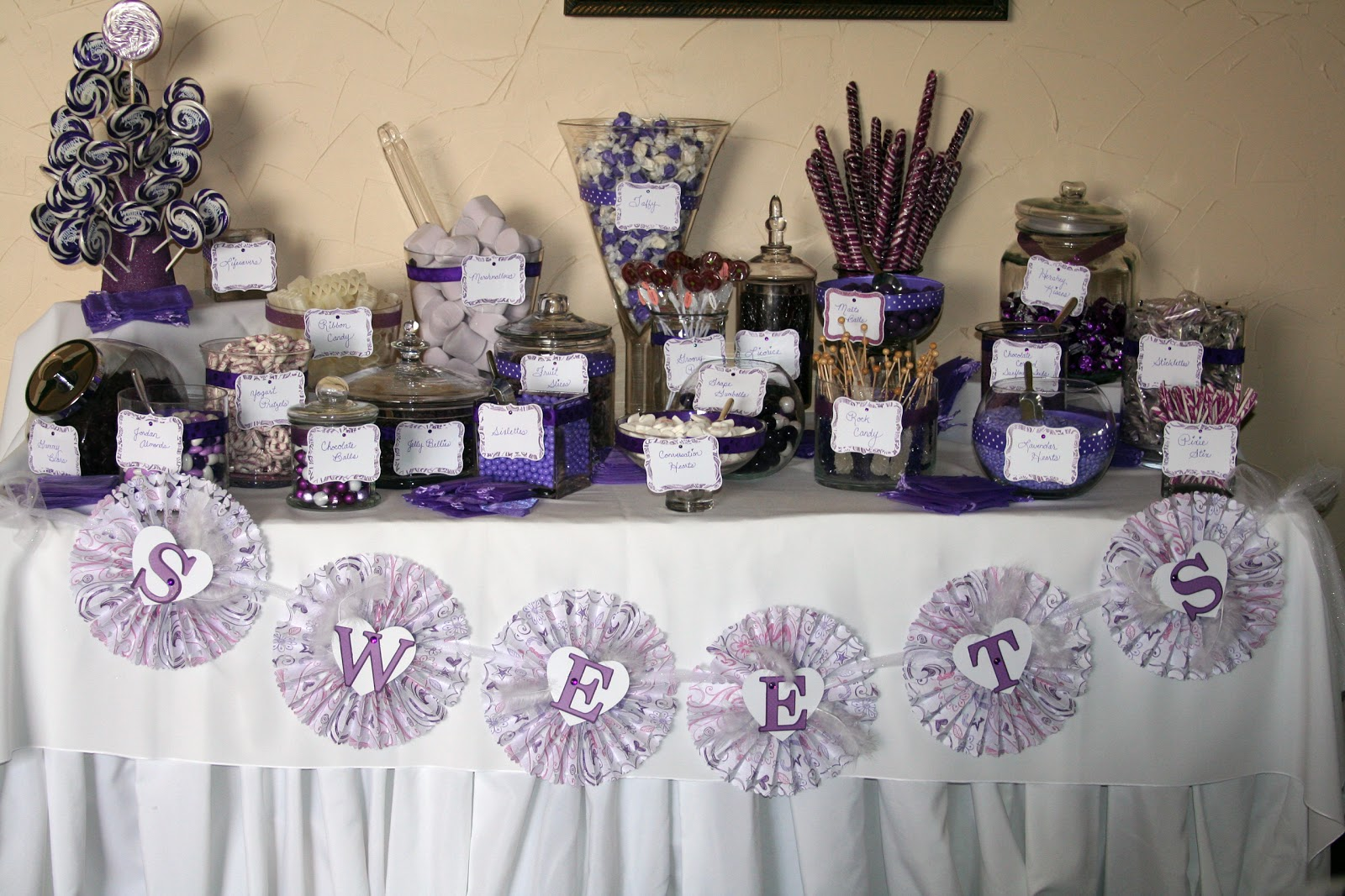 Averylee designs candy buffet wedding reception for Candy bar for weddings receptions