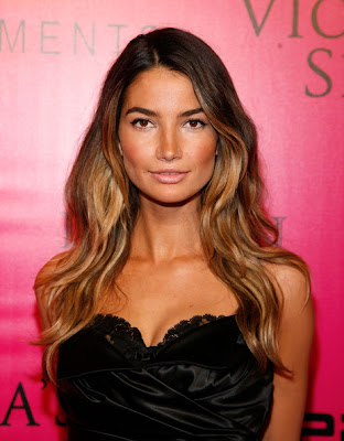 Lily Aldridge Long Wavy Cut Lookbook