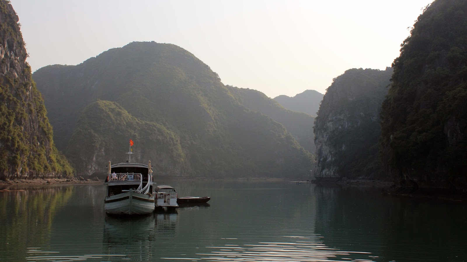 Ha Long Bay Wallpapers