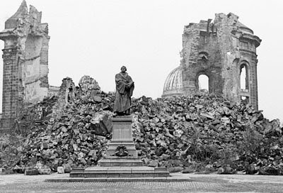 Casey harter ncc germany d term 2012 bombing of dresden for Germany rebuilding after ww2