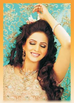 Top Pakistani Modal and Actor SABA QAMAR