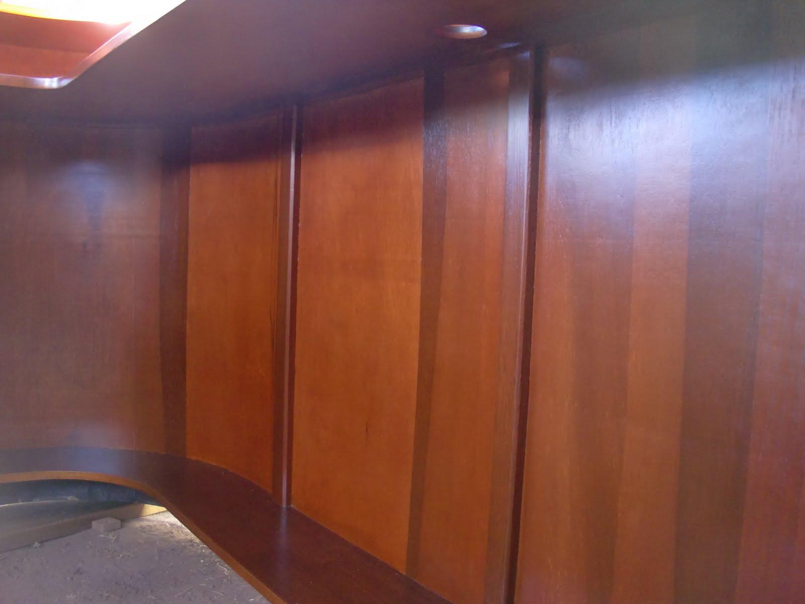 Decoraciones manualidades en madera matizando color caoba for Colores maderas para muebles