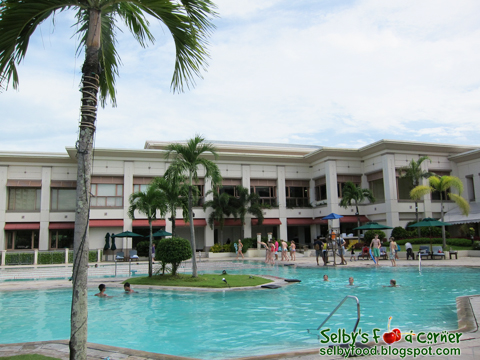 Selby 39 S Food Corner The Palms Country Club Alabang Philippines