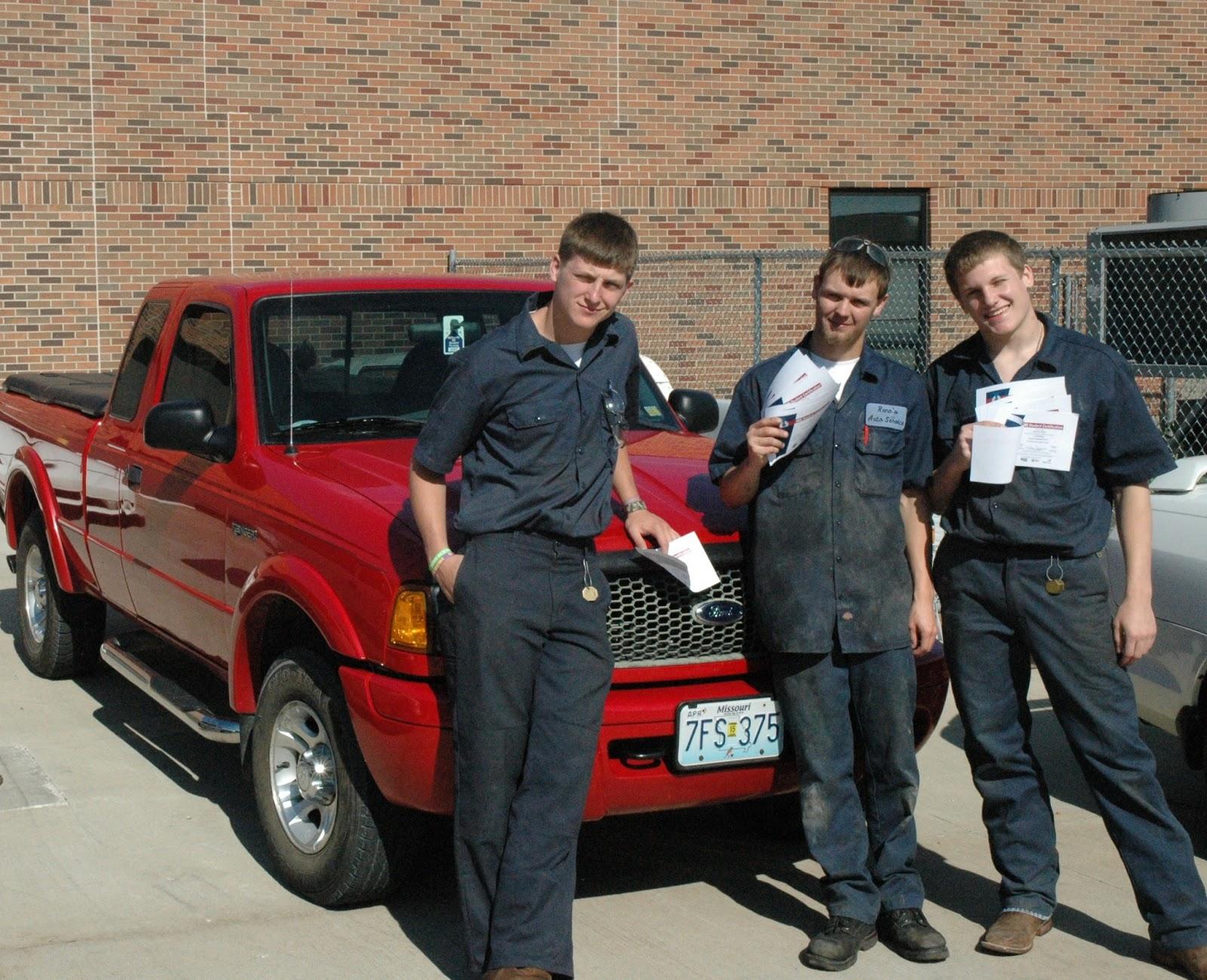 Cacc news automotive technicians receive ase certification second year automotive tech students homer cochran austin reno and kaleb harmon xflitez Images