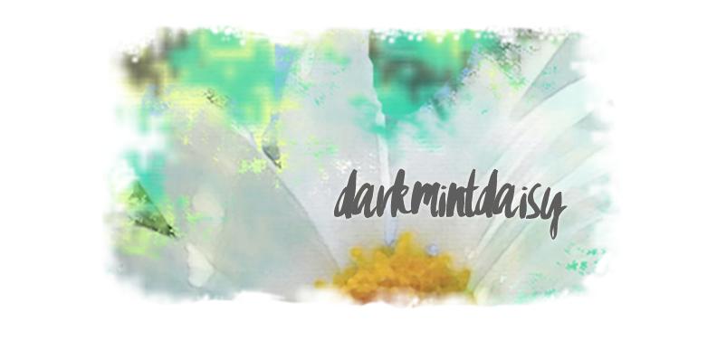 Dark Mint Daisy