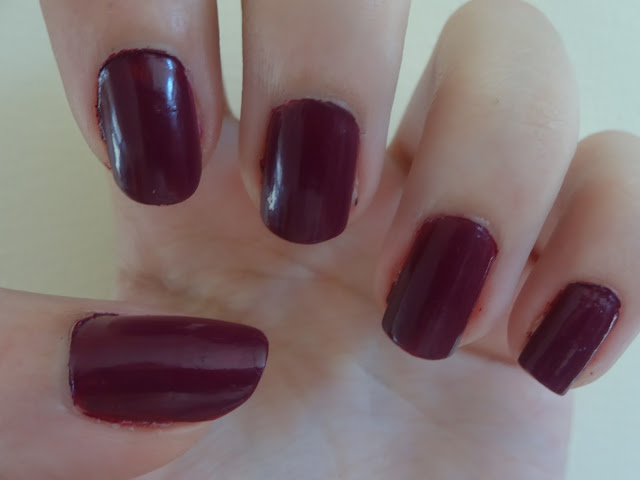 O.P.I Get Cherried Away Nail Lacquer Review 2