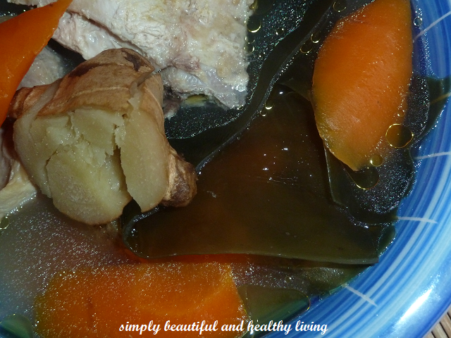 Seaweed Chicken Soup