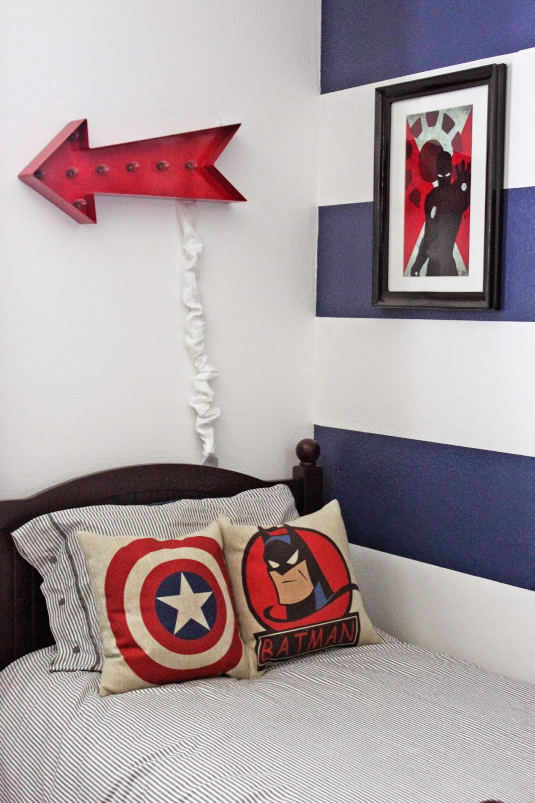 A little of this a little of that boys superhero room tour for Superhero bedroom decor