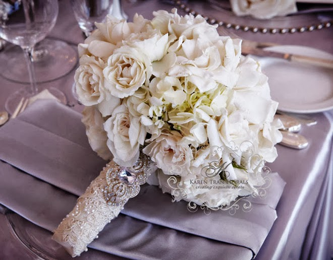 Wedding bouquet wraps holders and handles ideas belle for Bridal flower bouquets ideas
