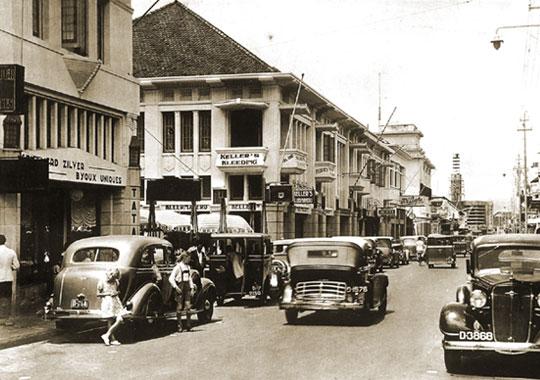 bandung jalan braga Daftar Tempat Wisata di Bandung