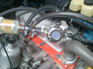 Fuel Pressure Regulator / FPR in the Volvo 122S