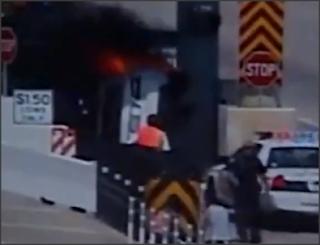 Kereta Kemalangan Meletup terbabas Terbakar Tol Terbalik Nahas