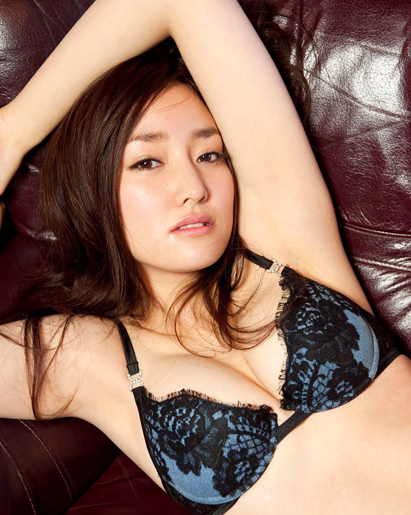 natsuko nagaike sexy bikini photo 04