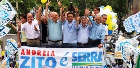 Em comício com estrelas do PSDB, Serra nega privatização da Petrobras