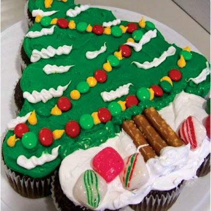 Christmas Tree Cupcake Cake Tutorial