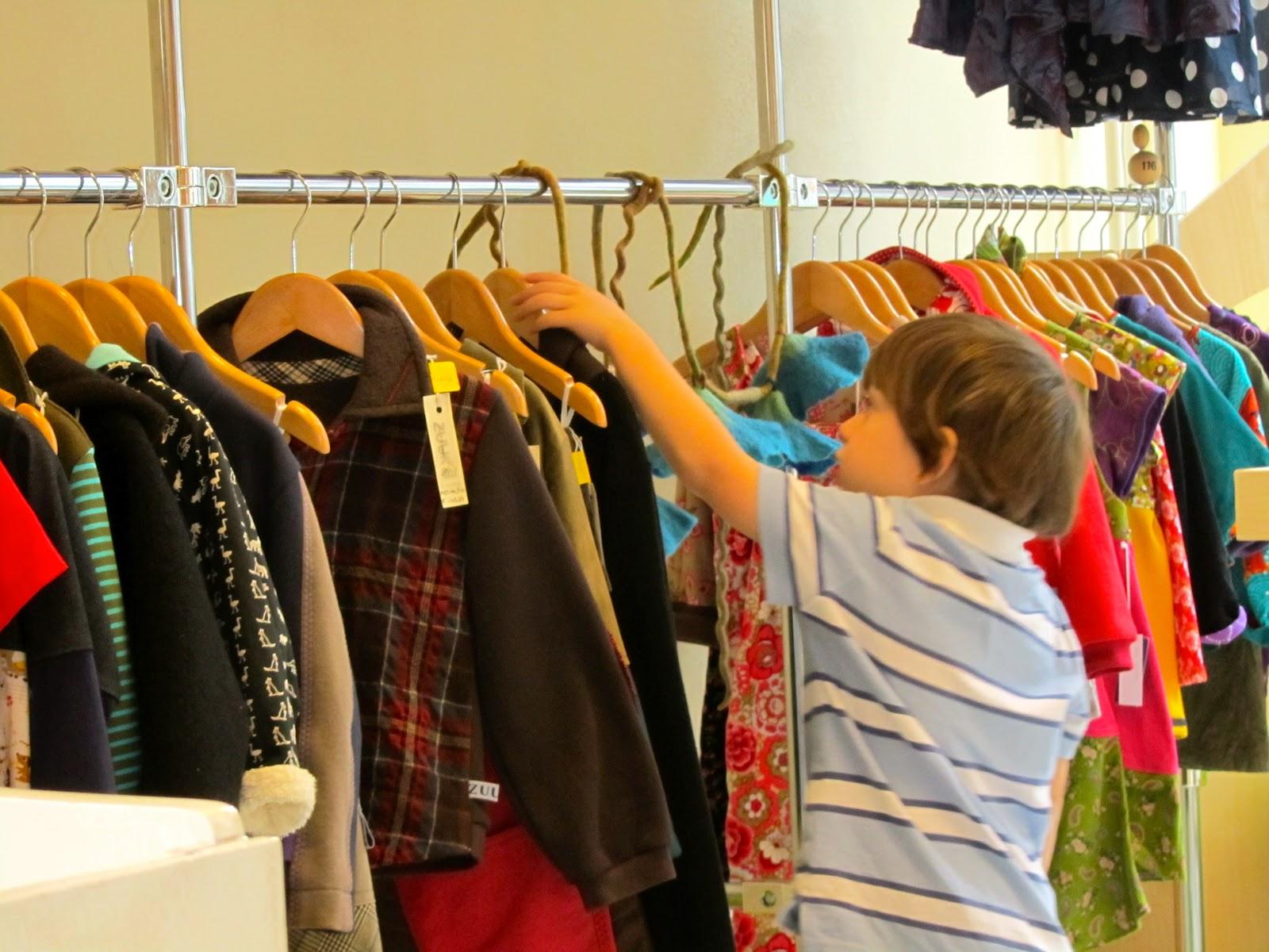 ... for a short visit to Fladder en Beer, a children clothes shop in Leiden.
