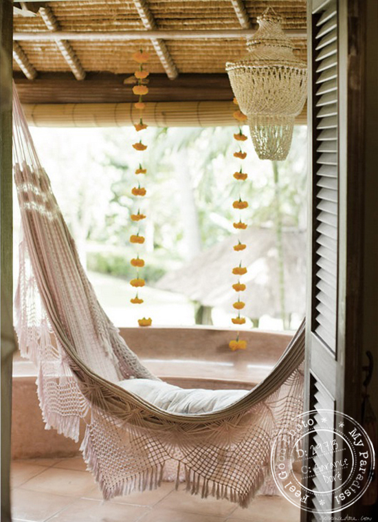 A white crocheted hammock in Villa Bella Bali by @garancedore