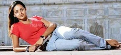 Bhavana hot jeans images