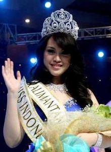 Foto Profil Biodata Vania Larissa Miss Indonesia 2013