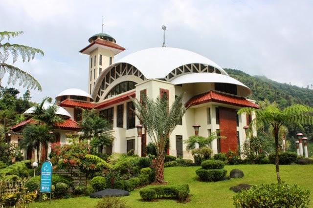 Masjid Atta'awun, Puncak, Bogor, Jawa Barat