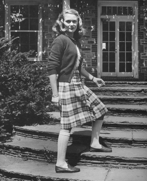 1943 gal in plaid with knee socks #1940s #vintage #fashion #prep #plaid