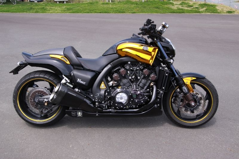 Planet japan blog yamaha vmax 2009 midnight special for Yamaha vmax cafe racer parts