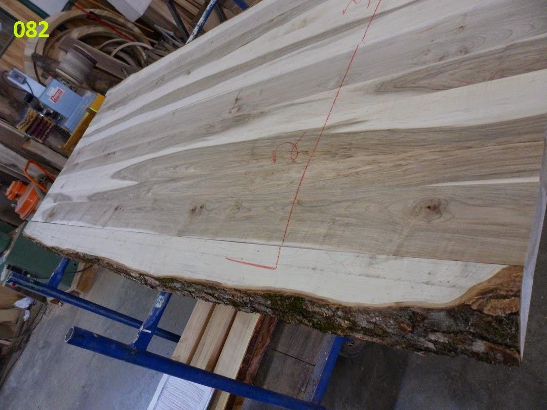Menuiserie st m thode plaine rable rouge live edge for Planche de bois brut avec ecorce