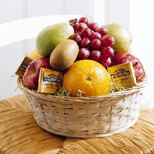 Order A Father's Day Fruit Basket