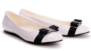Bahaya Sepatu Tipis Wanita