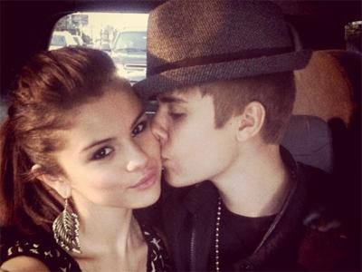 http://2.bp.blogspot.com/-cb9dUuG7MkA/Tt-GzxbdgtI/AAAAAAAAE3w/HjYOfAhD5NI/s400/justin_bieber_selena_gomez_kissing_instagram_180911_400x300.jpg