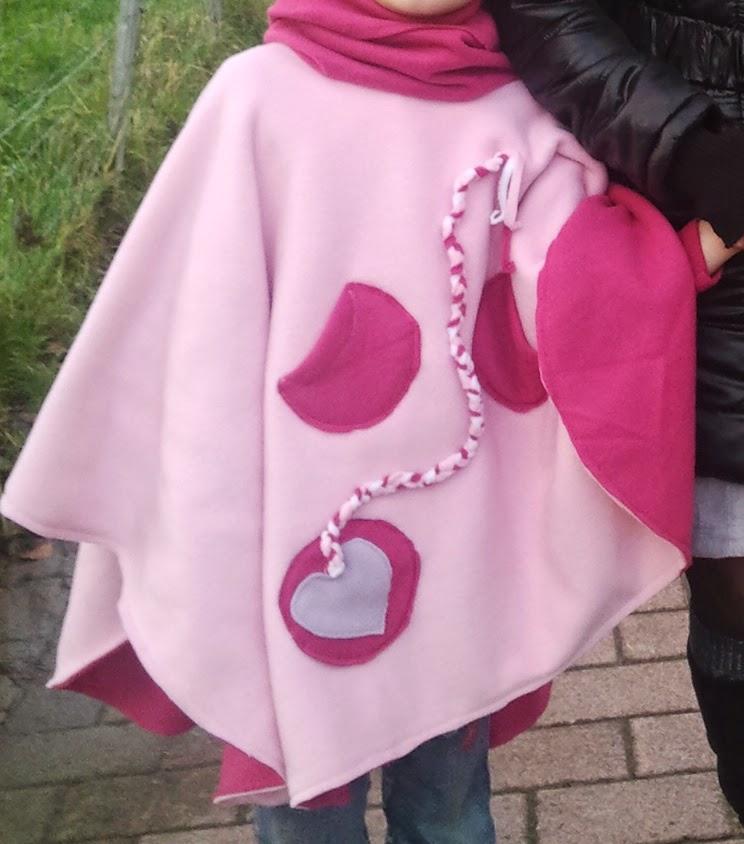 couture DIY coudre poncho portage polaire veste manteau hiver