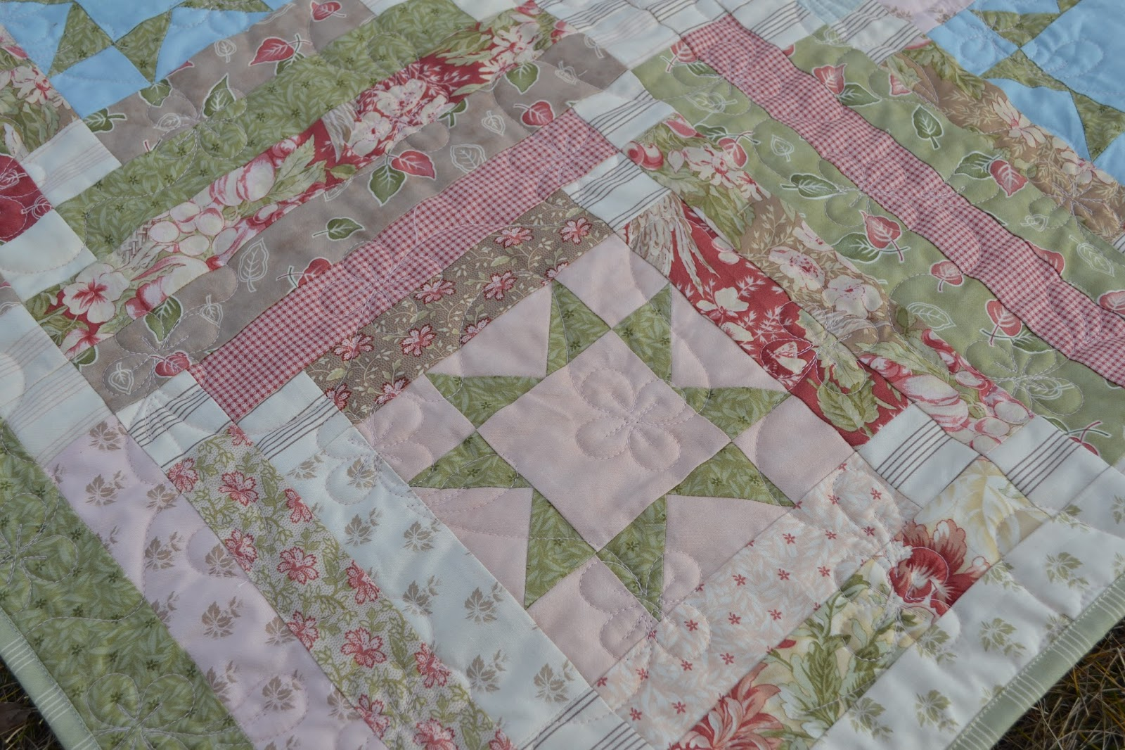 Log Cabin Quilts ~ Magpie quilts libby s log cabin quilt