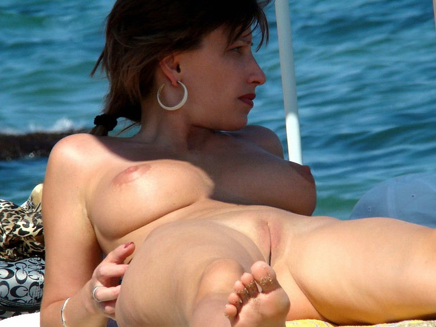 Italian women nude beach