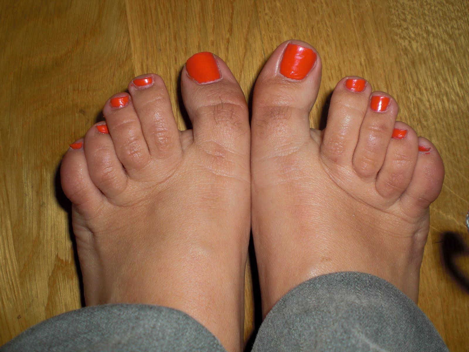 hår på fötterna