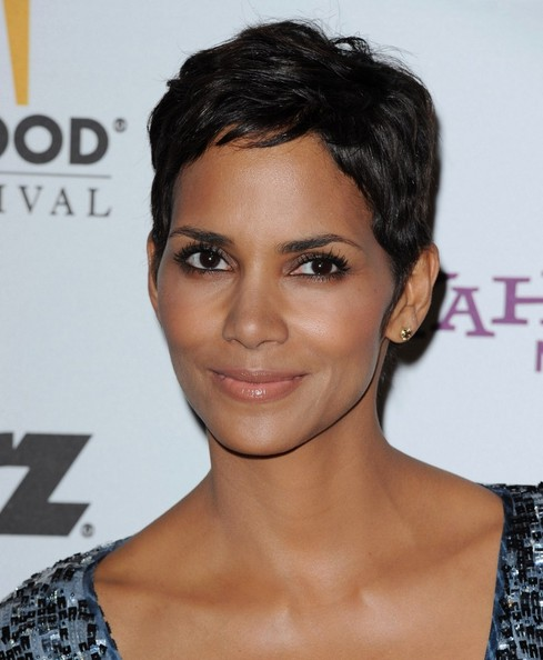 Wedding Updo Hairstyle Halle Berry Short Hairstyle At The Annual