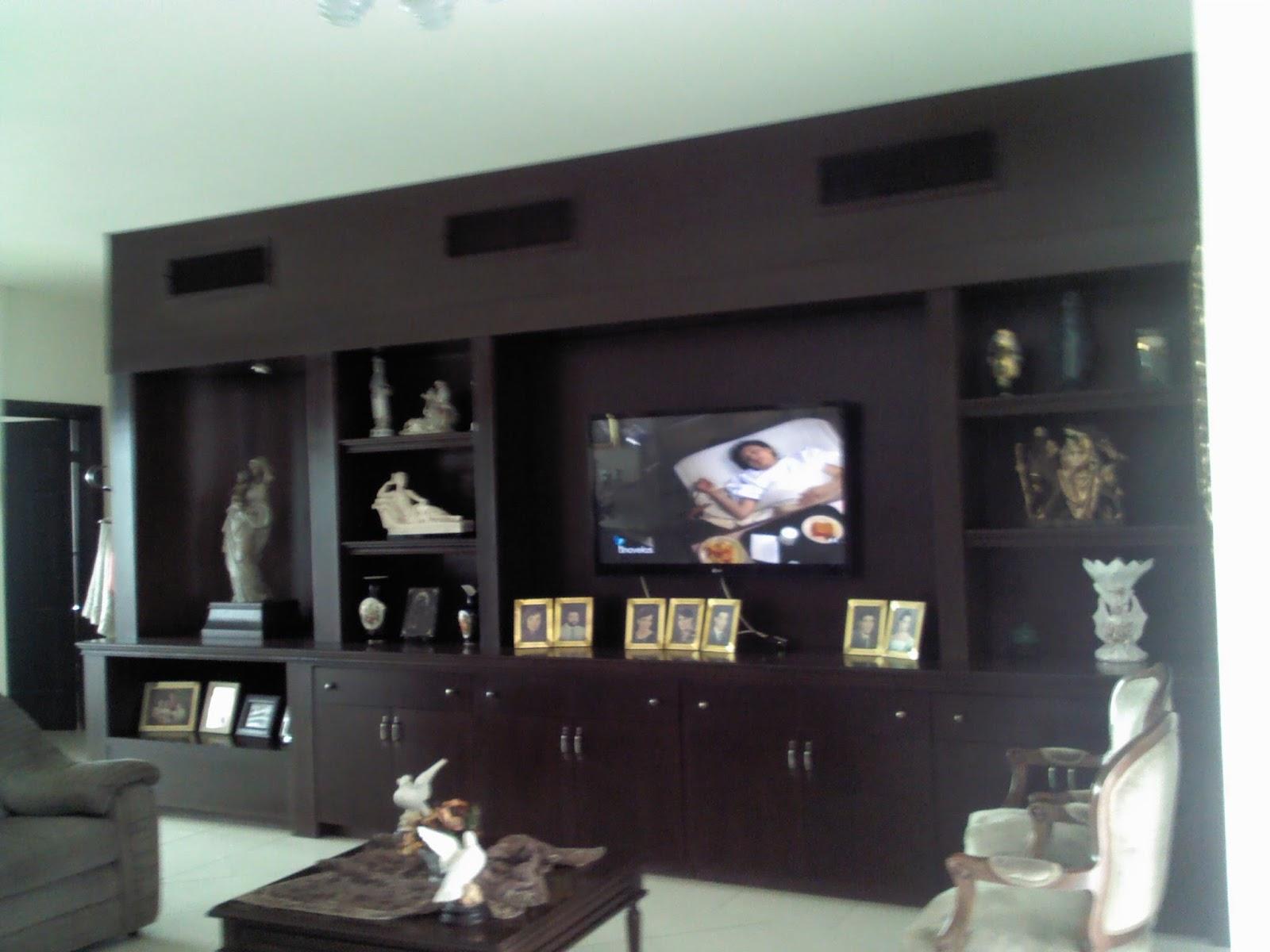 Fotos de muebles de madera para tv for Muebles modulares para television