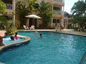 El Candil Boca Chica piscina