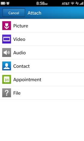 En el viejo sistema operativo BlackBerry, adjuntar archivos a un correo electrónico era tan fácil como pulsar el botón de menú, y seleccionar adjuntar, colocar y recoger sus archivos. En BlackBerry 10 , el proceso sigue siendo igual de fácil, pero si no estás seguro de dónde buscar la opción Attach, No te pierdas está guía la cual nos llega por parte de los amigos de CrackBerry donde nos muestran los pasos a seguir. Cómo adjuntar archivos a un correo electrónico en BlackBerry 10: Para adjuntar un objeto a un correo electrónico, simplemente pulsa en Adjuntar en la parte inferior