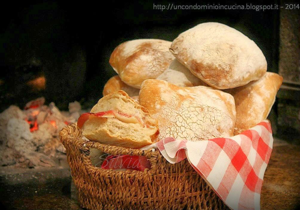 Un condominio in cucina panciabatta con farro e lievito for Si riportano in cucina