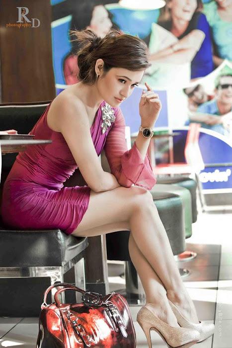 gorgeous beauty | yuvika chaudhary | hot images