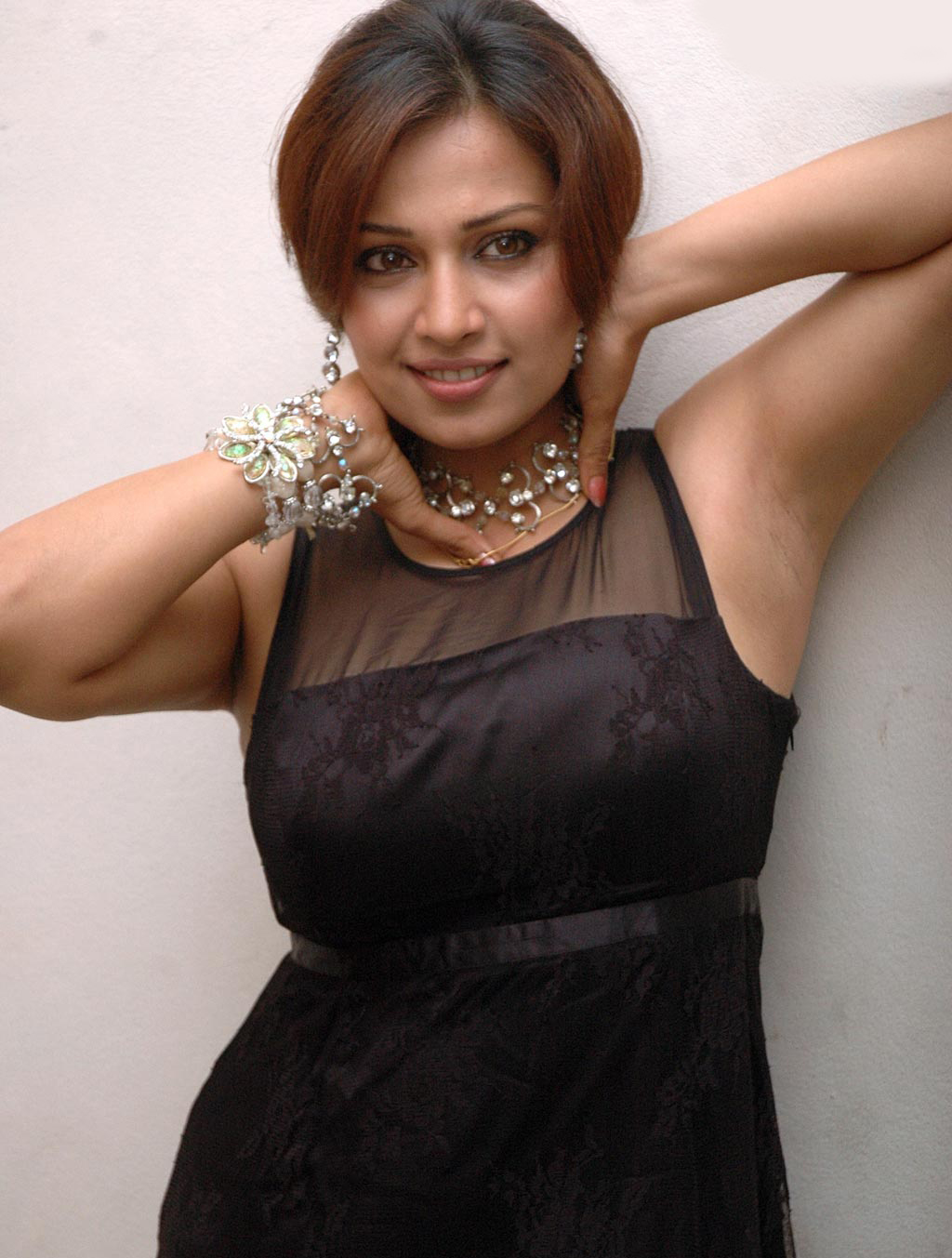 Pictures from indian movies and actress: Asha saini sexy armpits Shefali Sharma Hot
