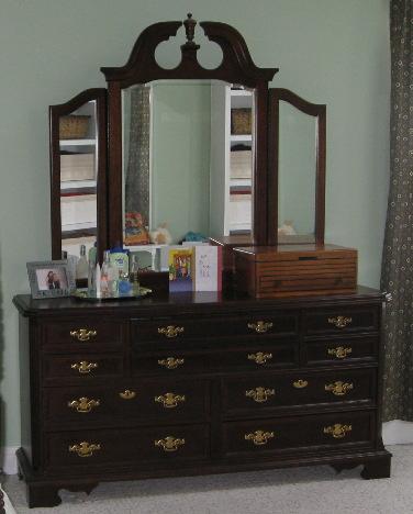 kammy 39 s korner i did it painted my dark cherry finish. Black Bedroom Furniture Sets. Home Design Ideas
