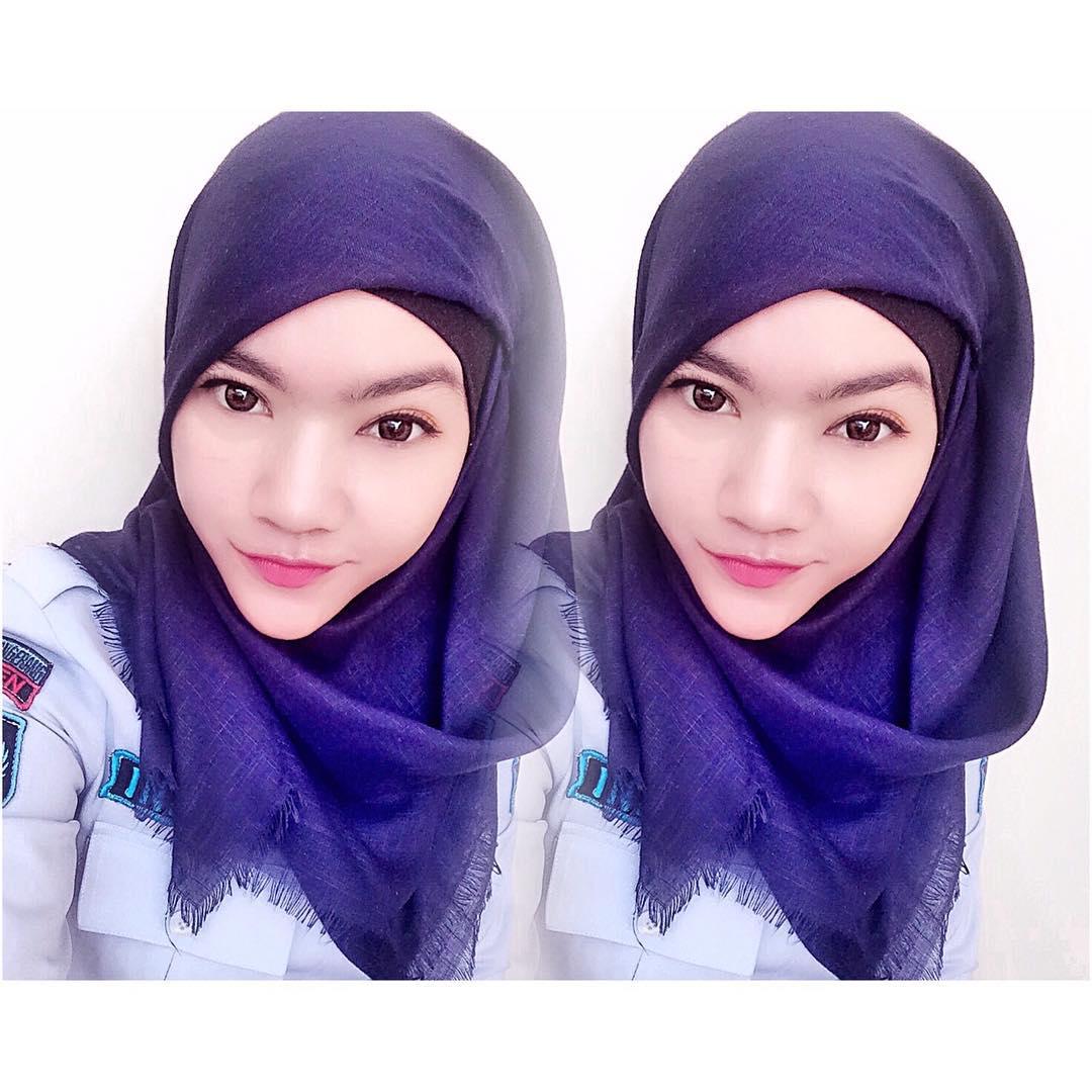 Nina Indrian Sipir Cantik Berhijab di Lapas Tangerang