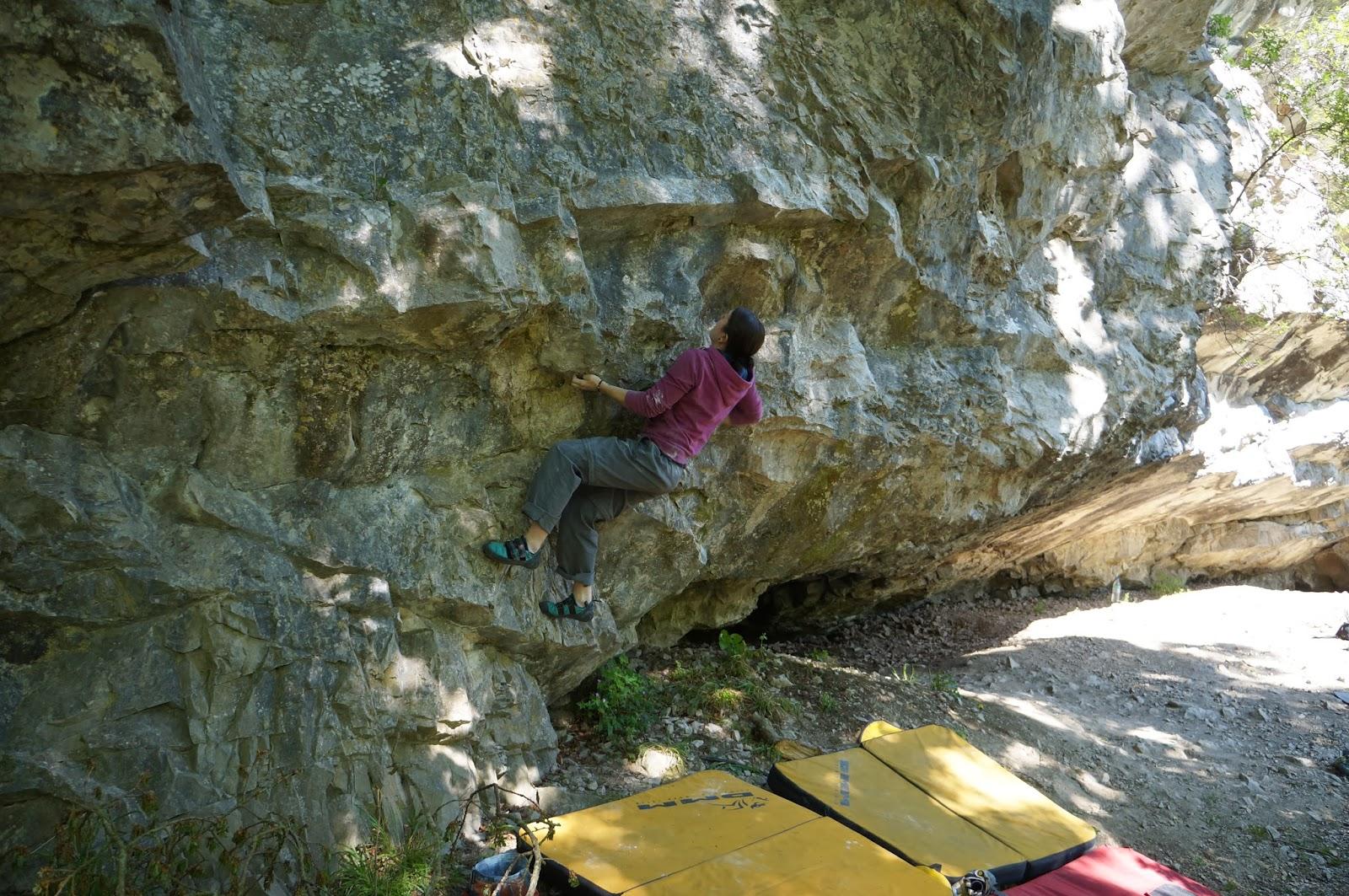 climbing, bouldering, wales, uk, pantywmym, clwyd, mold, steep, limestone, ukc
